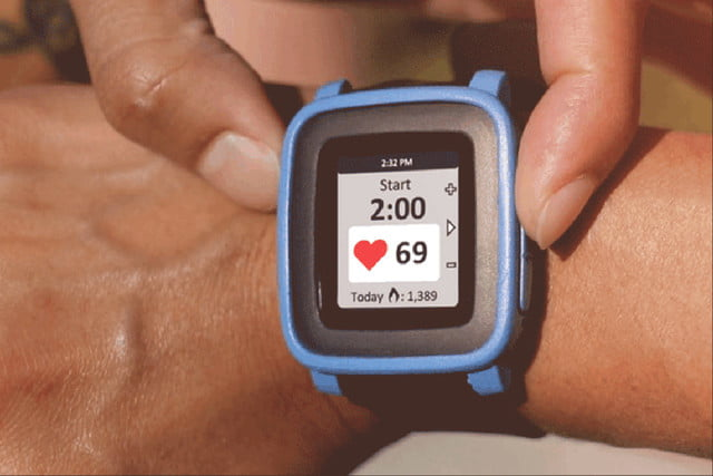awesome tech you cant buy yet january 31 2016 tylt vu  pulse heart rate monitor and qi charger for pebble