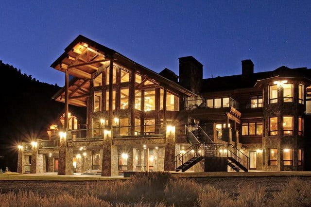retreat from society and relax in these idyllic cabins around the world victory lodge 10
