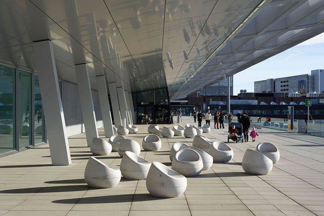 best airports for layovers z  rich airport observation deck b 2