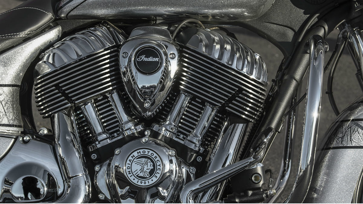 2018 chieftain elite indian motorcycle first look detail 03