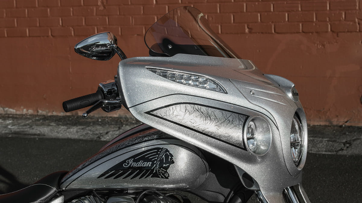 2018 chieftain elite indian motorcycle first look detail 05
