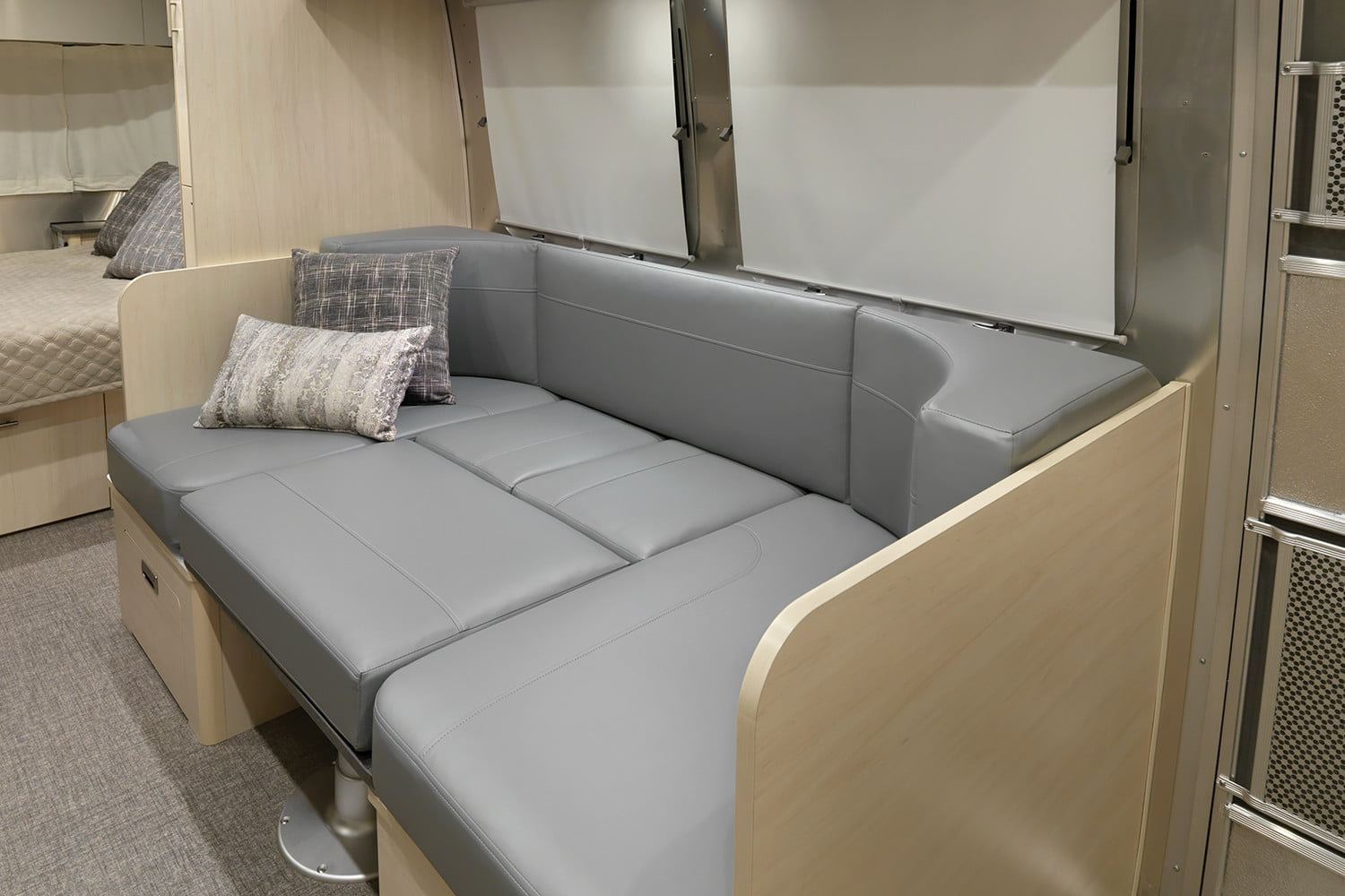 airstream flying cloud international updates 2021 23fb interior daybed sunlit maple seattle mist 80701 web