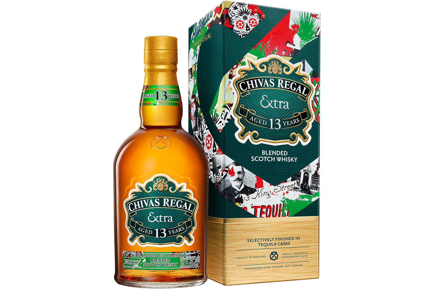 chivas extra 13 collection tequila packshot bottle and box 70clv2