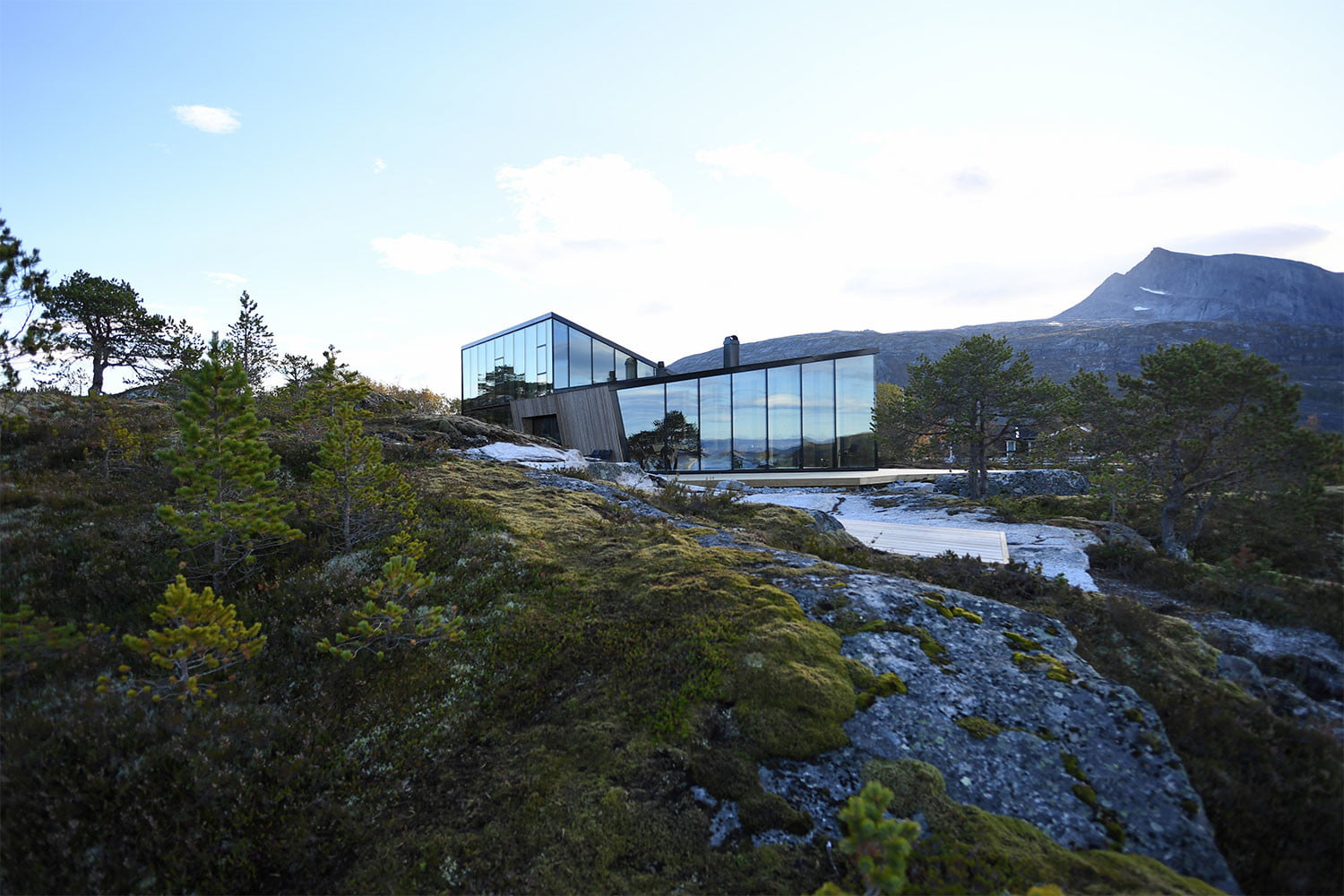 efjord cabin glass house norway snorre stinessen architecture 11