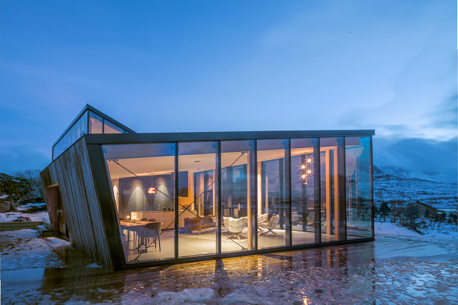 efjord cabin glass house norway snorre stinessen architecture 13