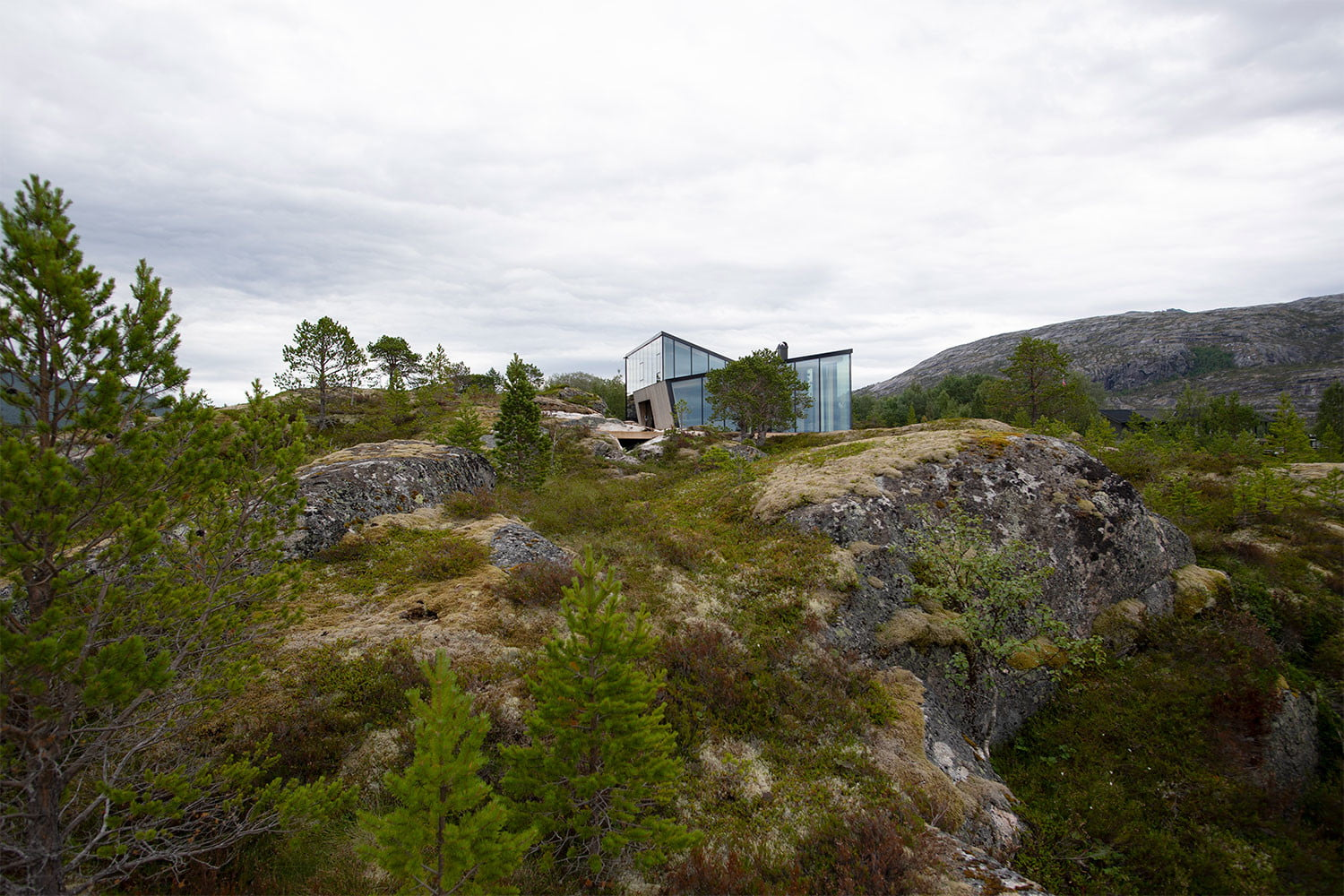 efjord cabin glass house norway snorre stinessen architecture 5