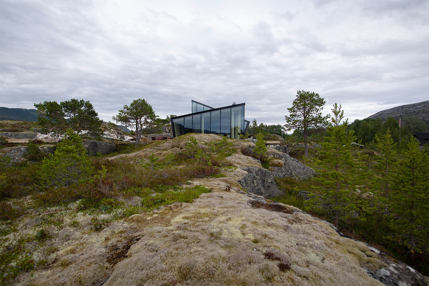 efjord cabin glass house norway snorre stinessen architecture 6