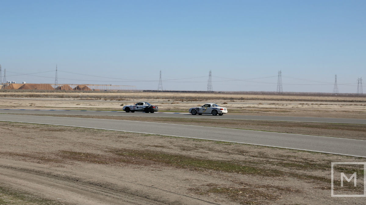 what to expect from your first road racing experience race buttonwillow raceway park 2