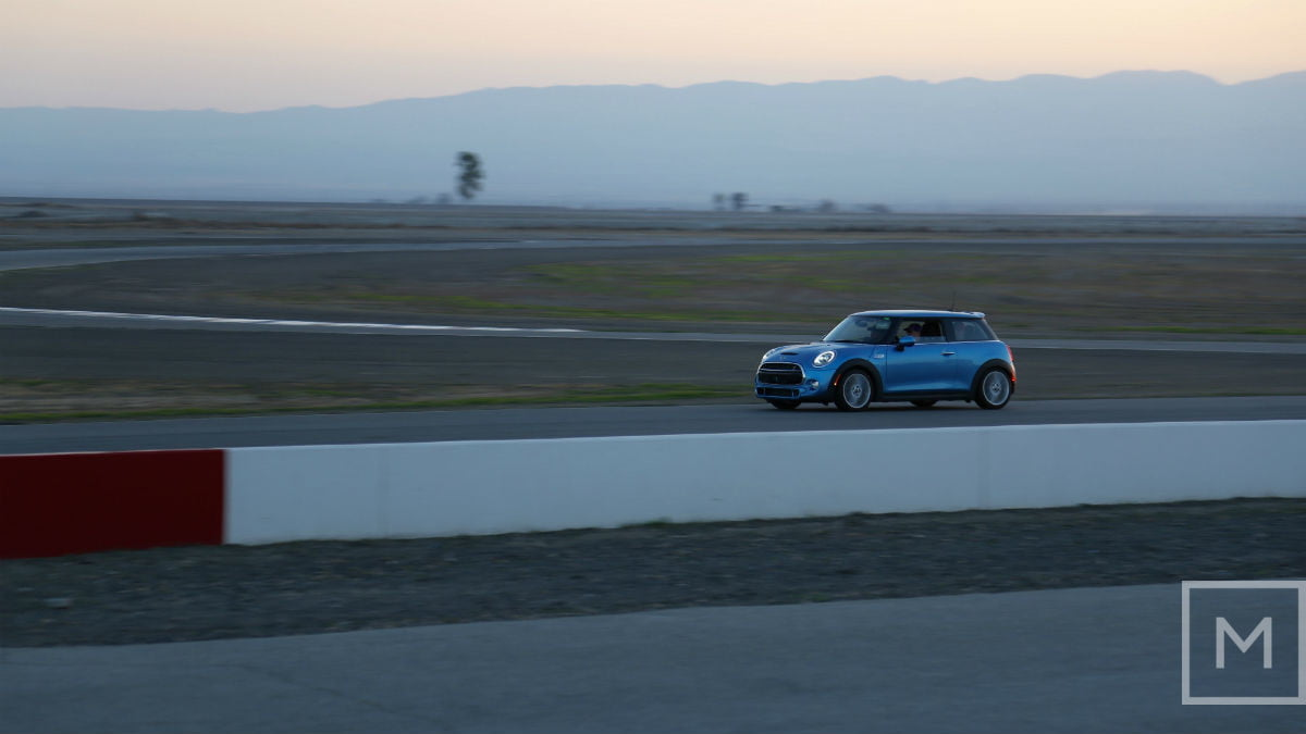 what to expect from your first road racing experience race buttonwillow raceway park 5