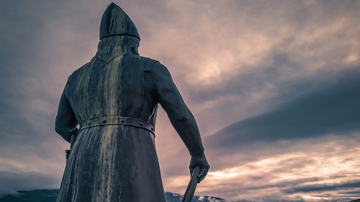 travel southern greenland gear leif statue