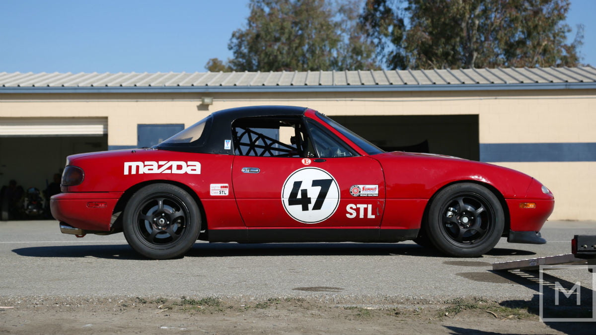 what to expect from your first road racing experience mazda miata race profile