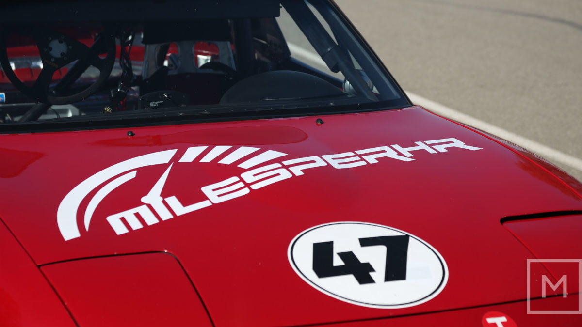 what to expect from your first road racing experience mazda miata race seat