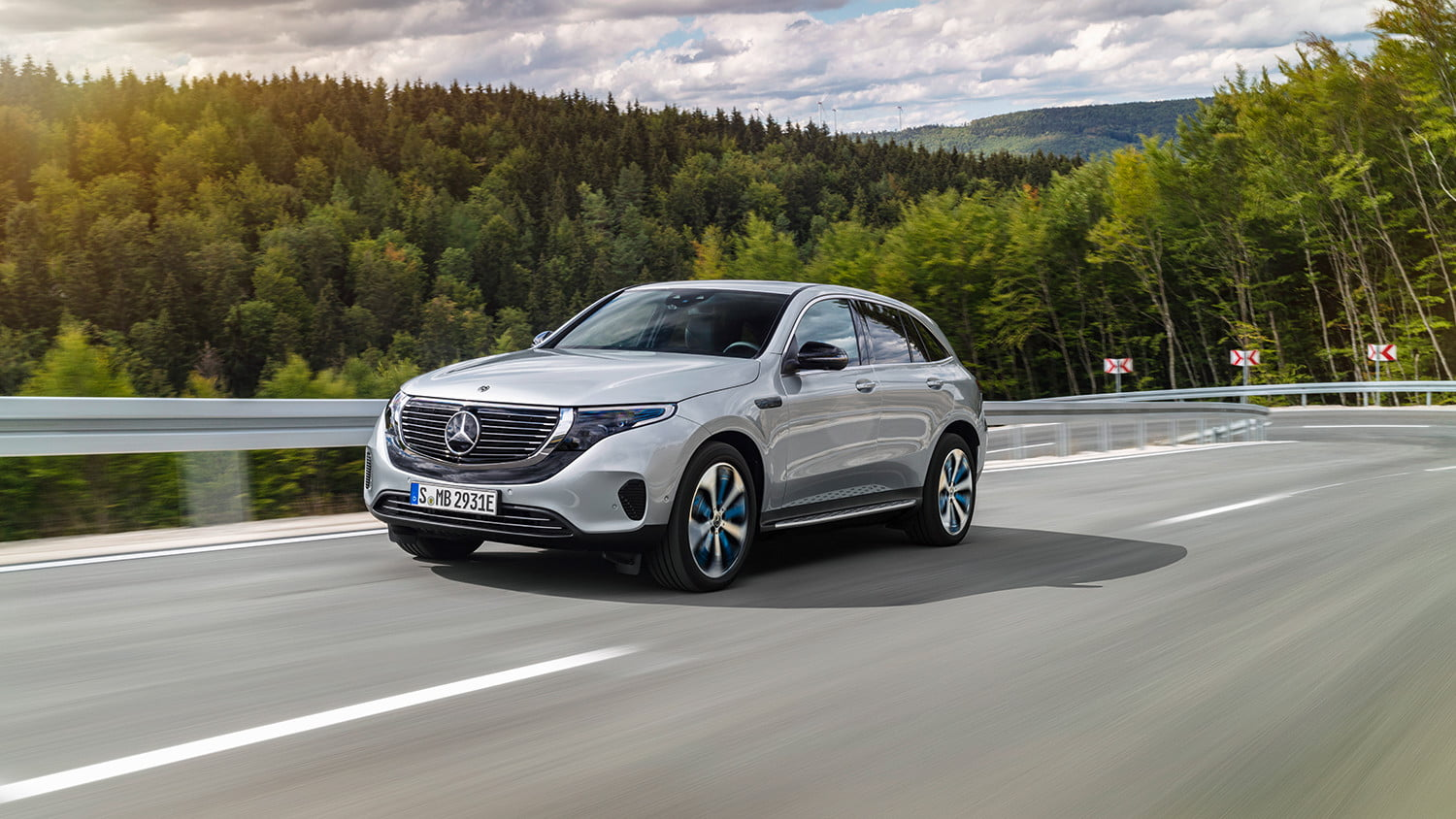 mercedes benz eqc all electric crossover announcement 6