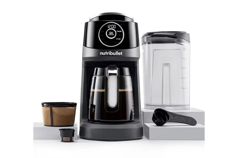 Cup and carafe coffee machine by Nurtibullet.